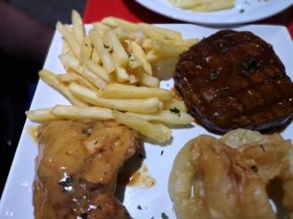 Legend's Diner, halal